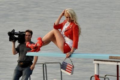 Lindsay Lohan ficha para Philipp Plein