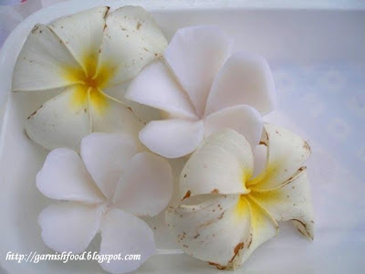 soap carving flowers
