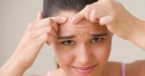 Que curar los granos sobre la persona a los adolescentes los preparados