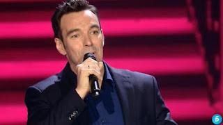 José Manuel canta María