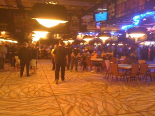The Amazon emptying on Day 5 of the 2012 WSOP Main Event