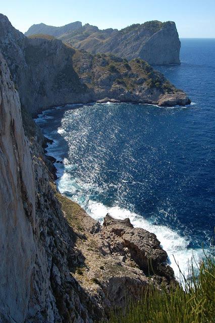 Green_Pear_Diaries_Palma_Mallorca_Formentor_Alexandra-Proaño