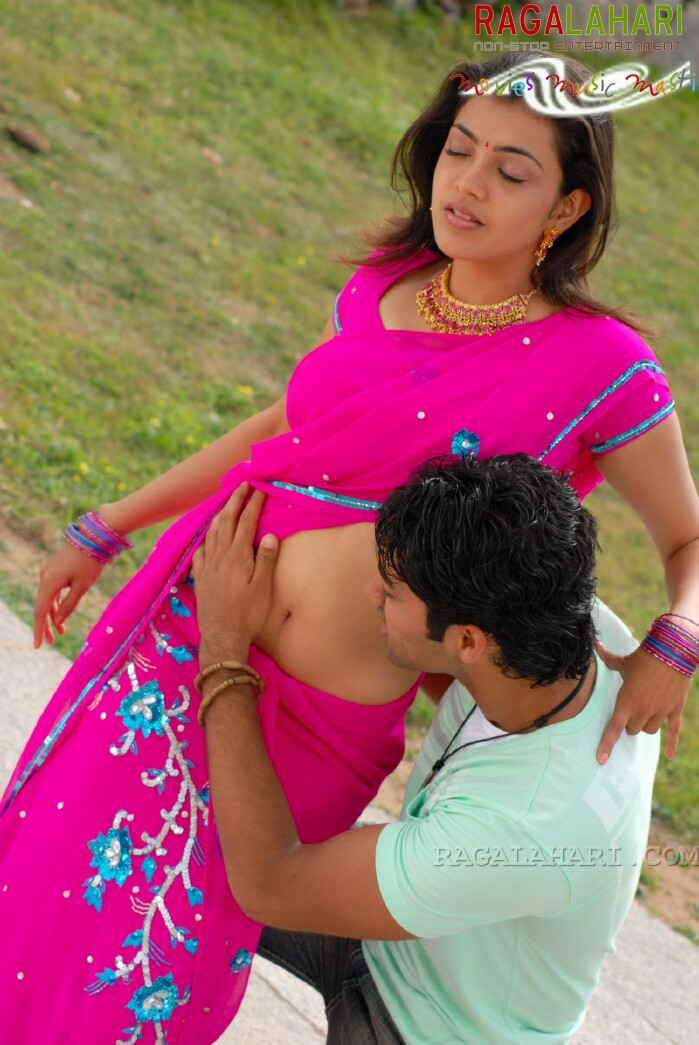 Hot Malayalam Mallu Actress gallery: navel show