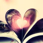 """""""Um dia frio , um bom lugar pra ler um livro e o pensamento lá em você , eu sem você não vivo..."""""""