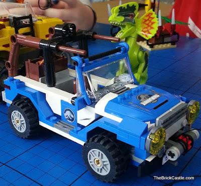 LEGO Dilophosaurus Ambush set 75916 4x4 vehicle review