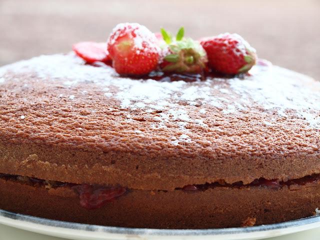 recette gateau au yaourt et confiture de fraises