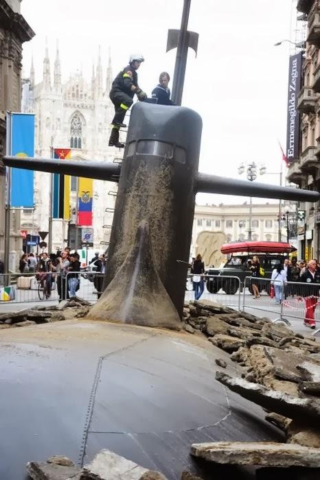 русская подводная лодка всплыла в нью йорке