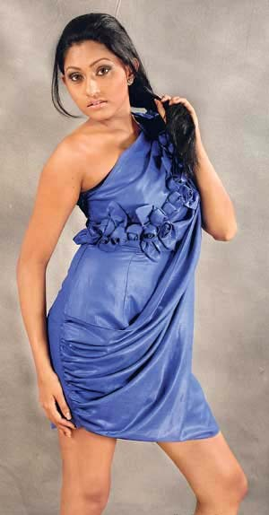 Aruni Rajapaksha  Sri Lankan Teen Model Become a Film Actress PicsPhotos gallery pictures