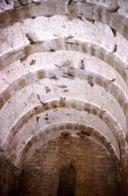 Santa María del Naranco, bóveda