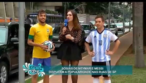 www.redetv.uol.com.br/Video.aspx?39%2C9%2C406399%2Centretenimento%2C%2Cfrancine-piaia-leva-neymar-e-messi-para-as-ruas-de-sp