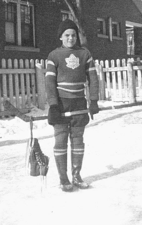 HOCKEY IN THE 1940's