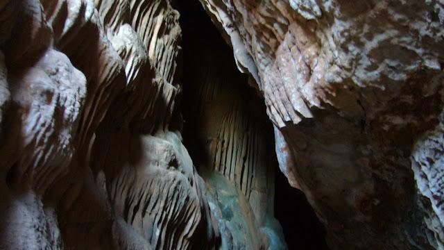 Cueva Sima K-28 Serra