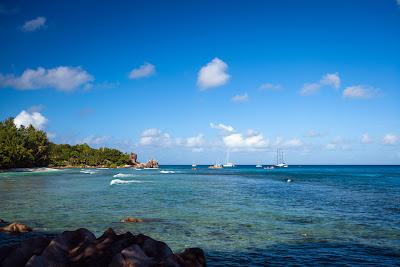 Anse Severe auf La Digue, Seychellen - Blick von der Straße
