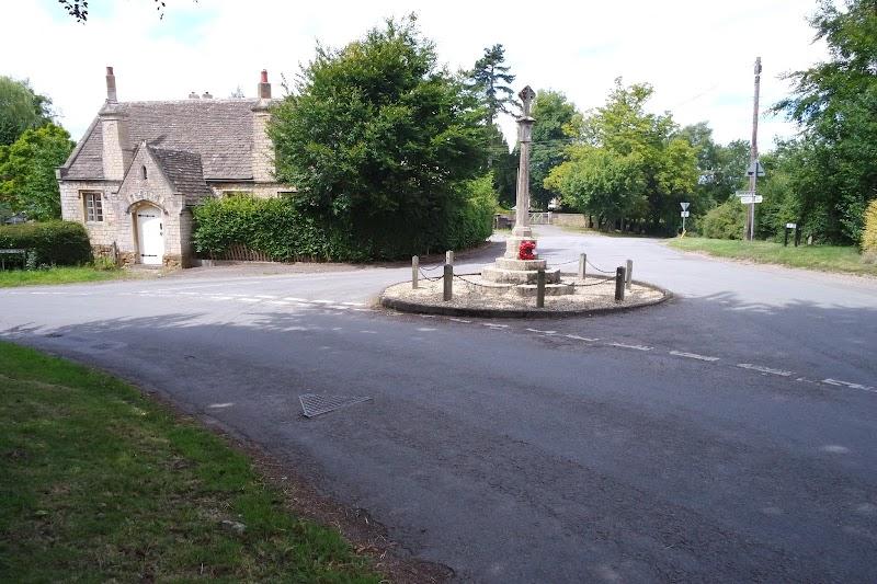 Stinchcombe War Memorial