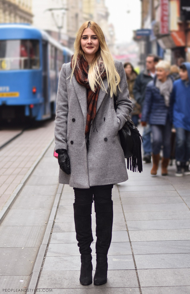 What to wear when temperatures dip close to sub-zero - few stylish street fashion inspiration to inspire your daily outfits. Nikolina Vidić, hoe to style grey coat and over the knee boots