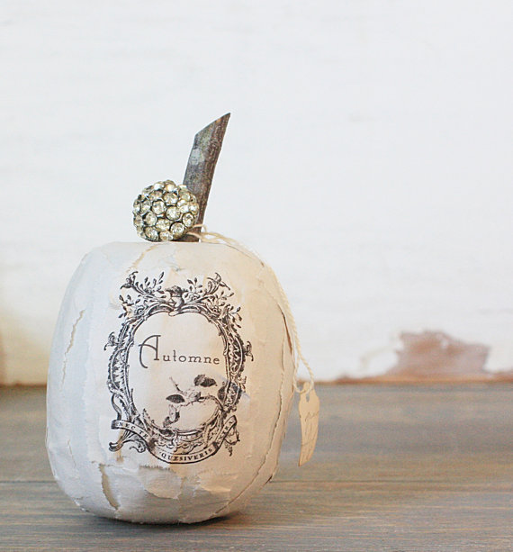 shabby chic halloween pumpkins i heart shabby chic. Black Bedroom Furniture Sets. Home Design Ideas