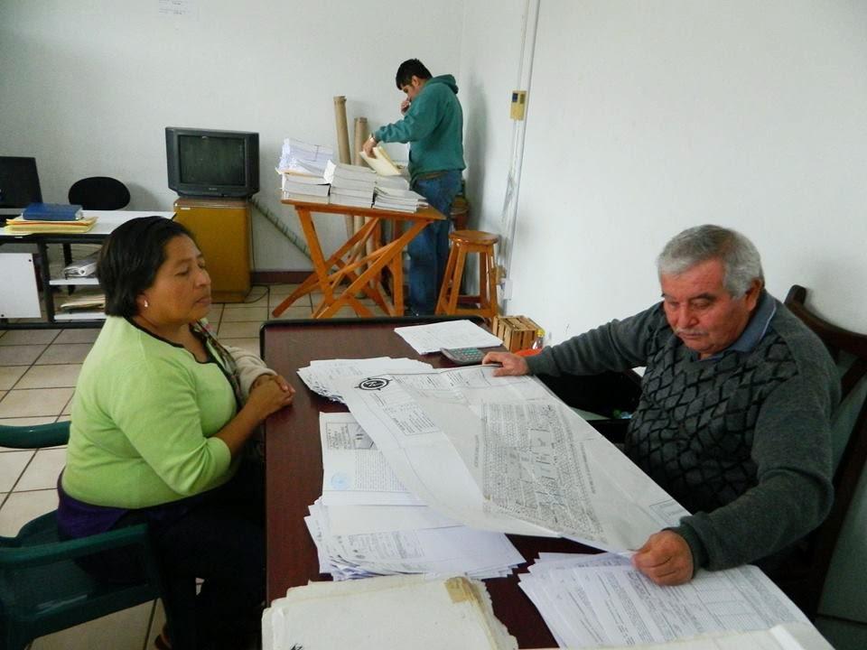 Invitan a colonos a pasar a regularizar sus terrenos en for Oficina de catastro
