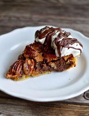 http://www.yammiesnoshery.com/2013/11/chocolate-pecan-pie.html