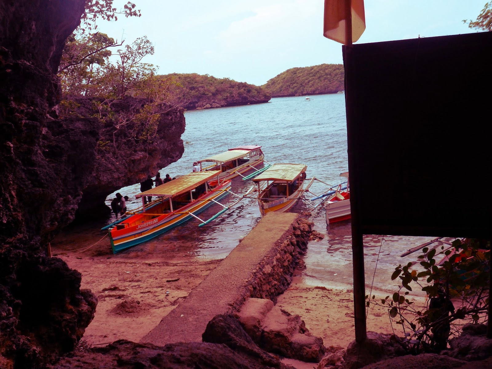 Cuenco Island at Hundred Islands