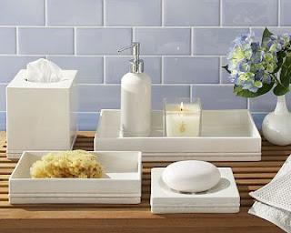 Jogo de cerâmica para banheiro