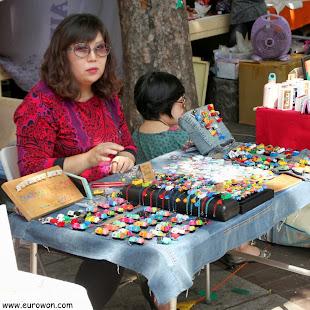 Vendedora del Free Market de Hongdae, ya mayor