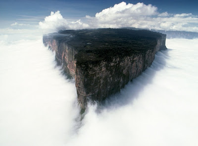 Mount Roraima's sharp edge arial view