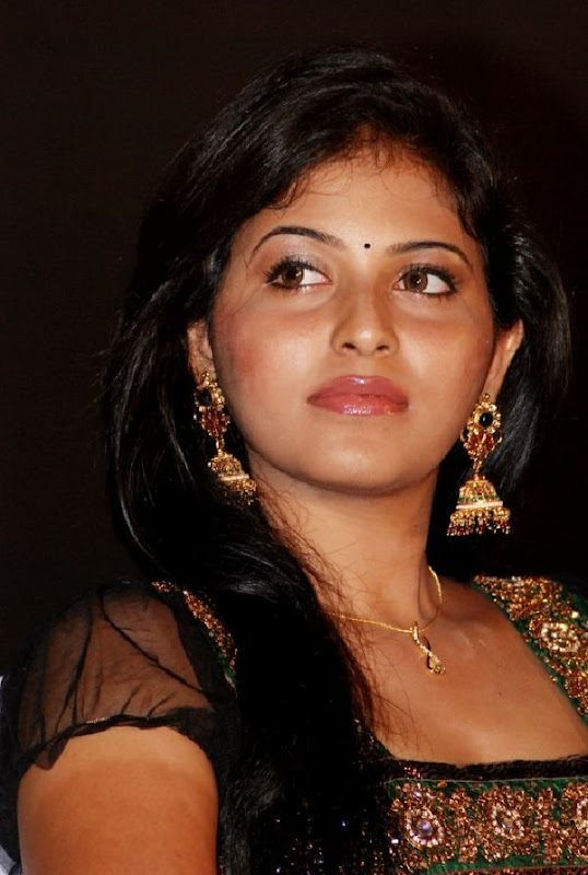 ANJALI LATEST STILLS navel show