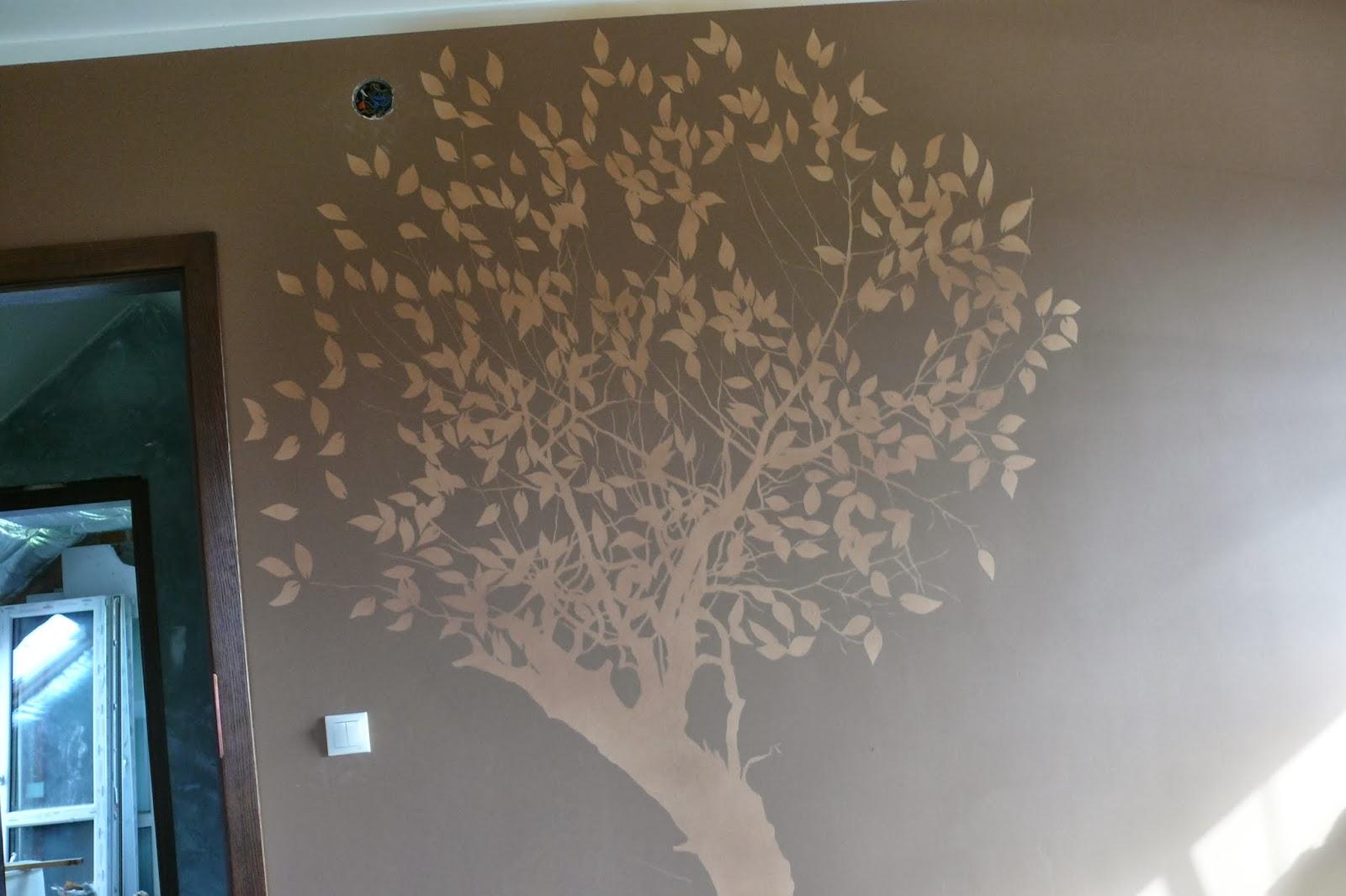 Malowanie drzewa na ścianie, artystyczne malowanie ściany, warszawa