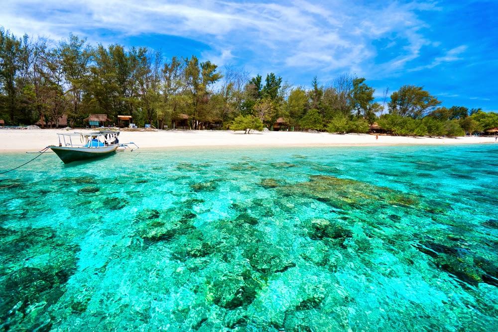 pemandangan gili trawanga, pulau gili trawanga, pantai gili trawangan, gili trawangan lombok