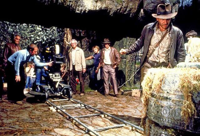 Fotografías del rodaje de Indiana Jones, en busca del Arca Perdida El%2Brodaje%2Bde%2BIndiana%2BJones%2C%2Ben%2Bbusca%2Bdel%2BArca%2BPerdida