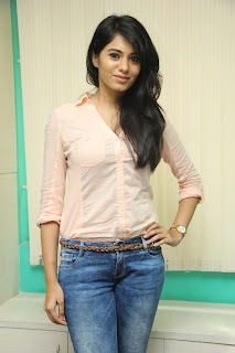 Deepa Sannidhi Pictures in Jeans at Yatchan Team Interview