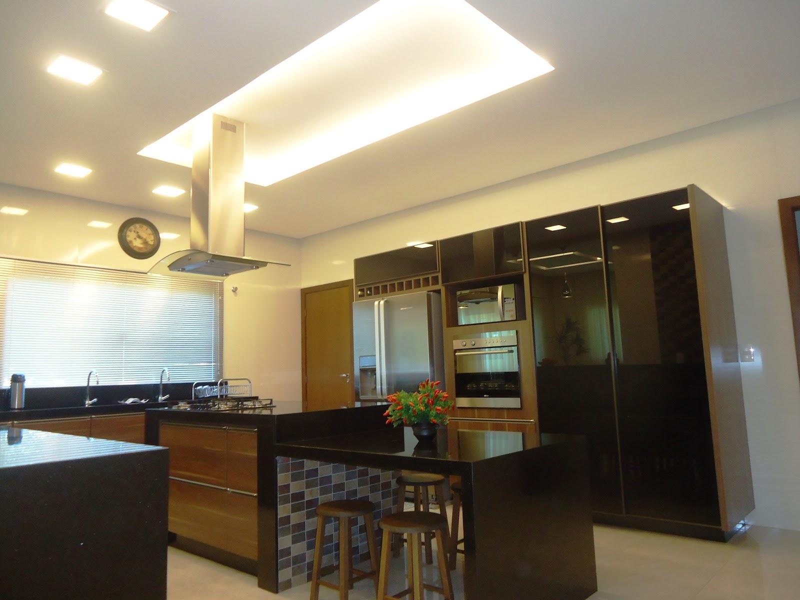 Ilumina O Cozinha Com Ilha Resimden Com