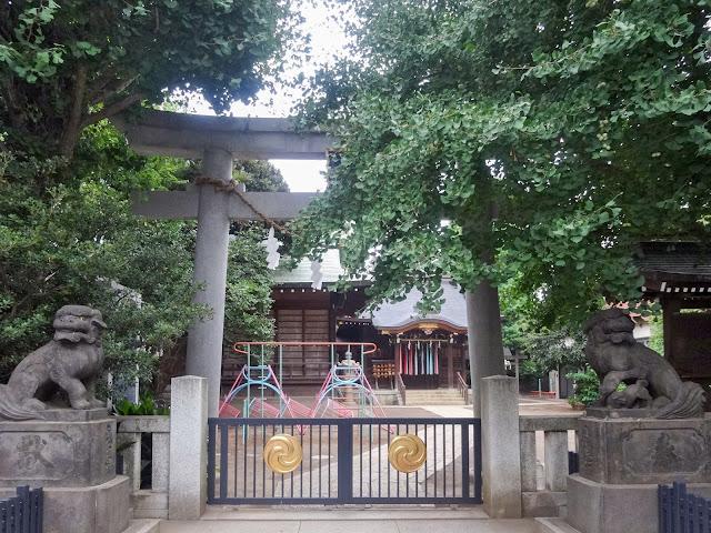 月見岡八幡神社,鳥居,狛犬,新宿,落合〈著作権フリー無料画像〉Free Stock Photos