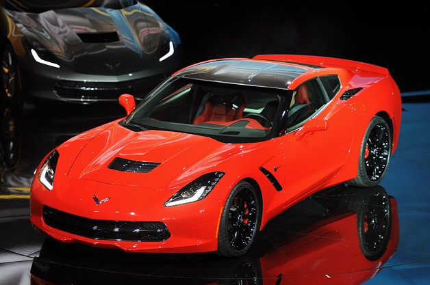 Chevy C7 Corvette Might Become Hybrid Sports Car