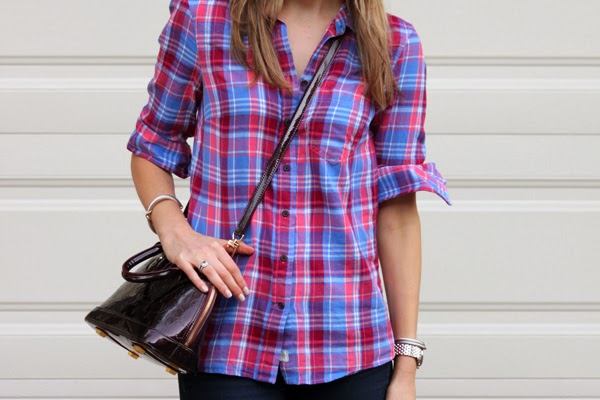 Plaid shirt & cross-body bag