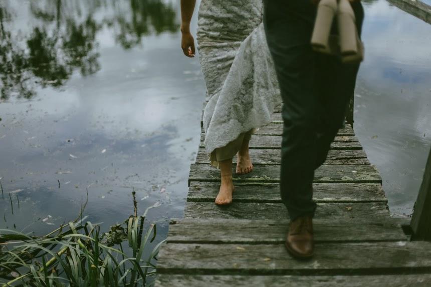 moody wedding photography melbourne