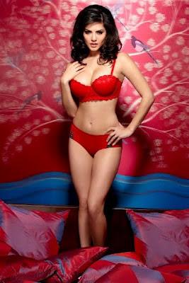Sunny Leone in Red in Jism-2