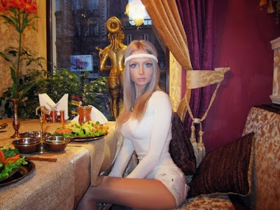 Valeria Lukyanova, An Ukrainian Model Like a Barbie Doll [Photo Gallery]