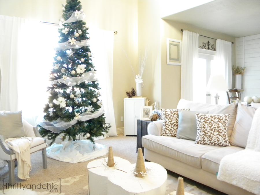 Where To Put The Christmas Tree thrifty and chic - diy projects and home decor