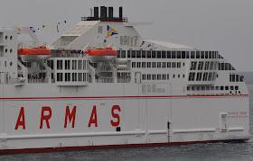 """Super ferry """"Volcan de Tinamar"""" com entraves na Madeira"""