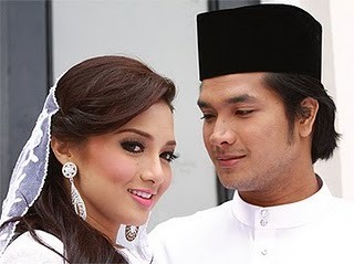 azura+4 SINOPSIS FILM AZURA 2011|SHAH JASZLE,NEELOFA|VIDEO