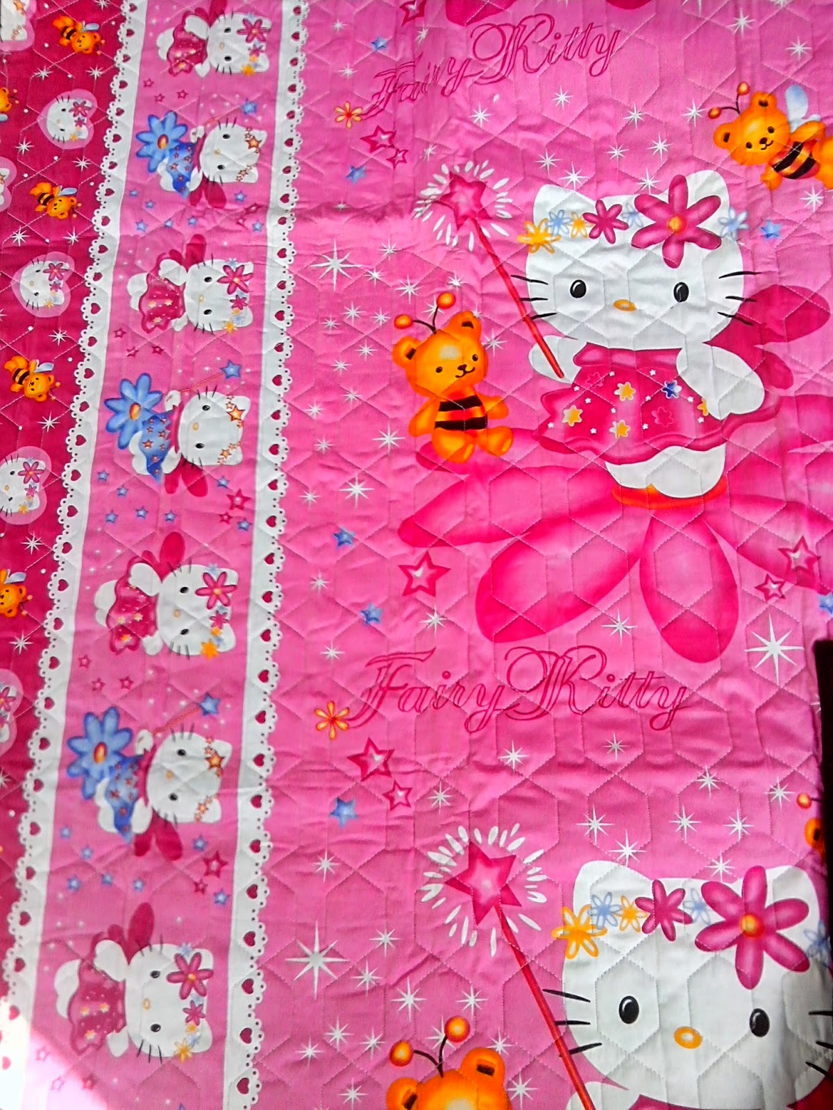 tikar dakron motif hello kitty
