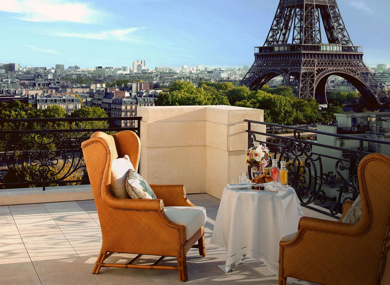 Путешествие по миру в лучших отелях.