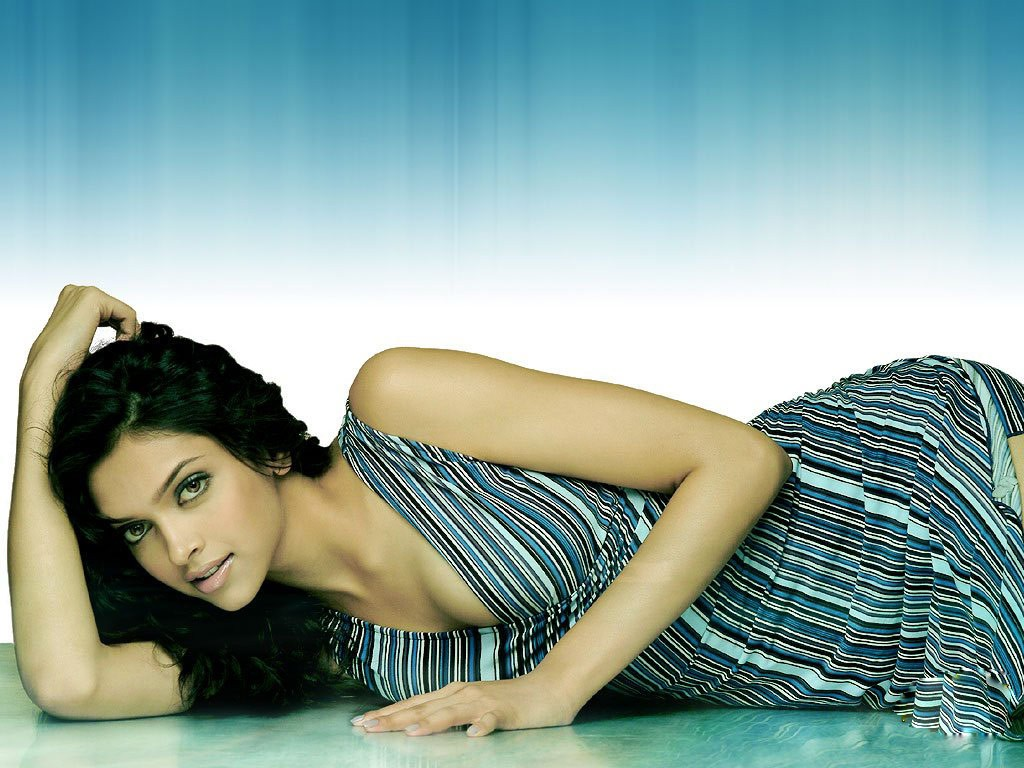 latest wallpaper and photos free download: deepika padukone latest