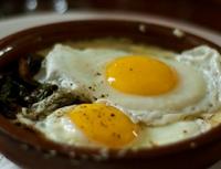 Para o coração, consumo de ovos pode ser comparado ao vício em cigarros, conclui estudo canadense