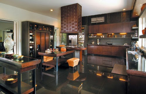 Luxurious Kitchen with dark theme