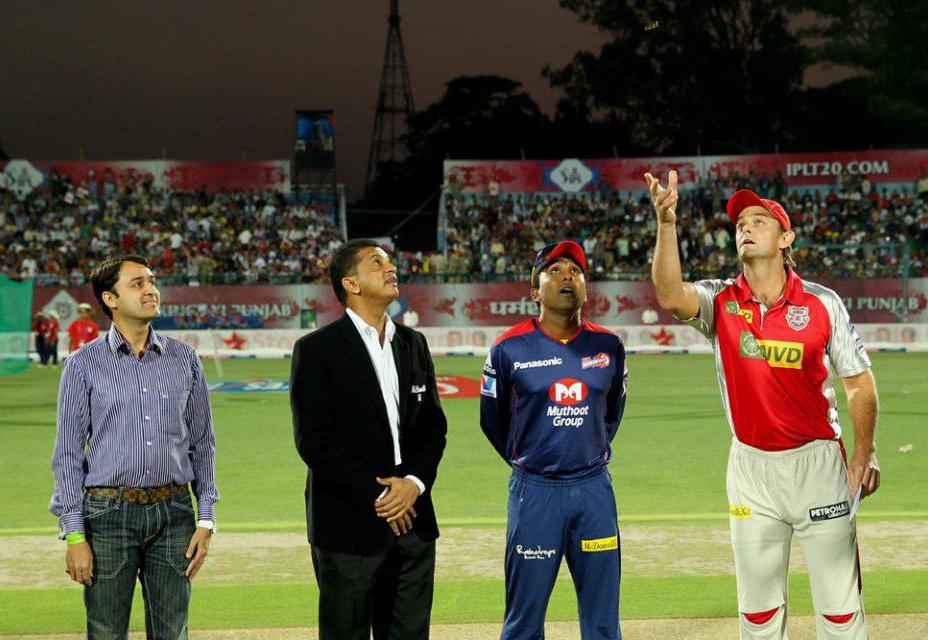 Adam-Gilchrist-Mahela-Jayawardene-KXIP-vs-DD-IPL-2013