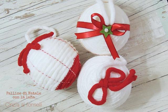palline natalizie con la lana