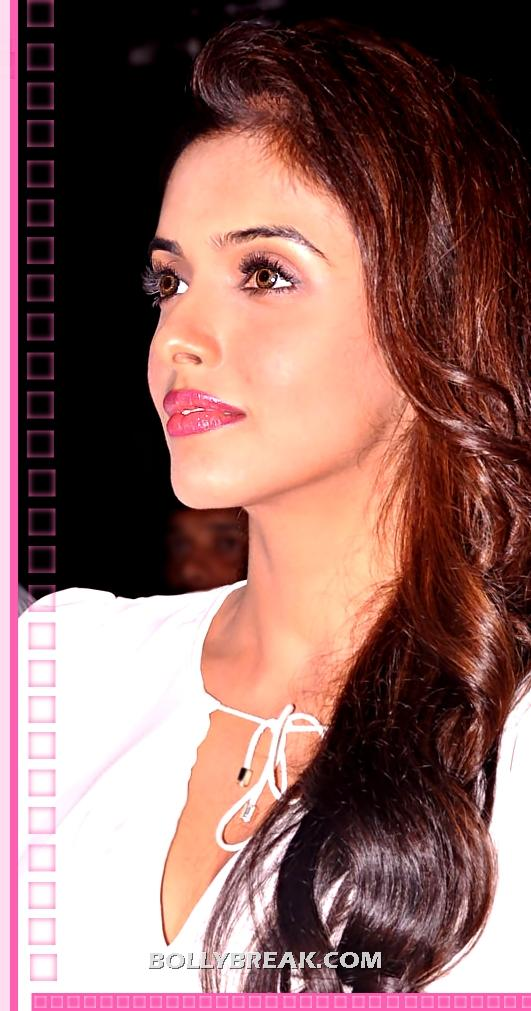 Asin Face close up Brown Hair - Asin Latest Unseen Face Close up Pic