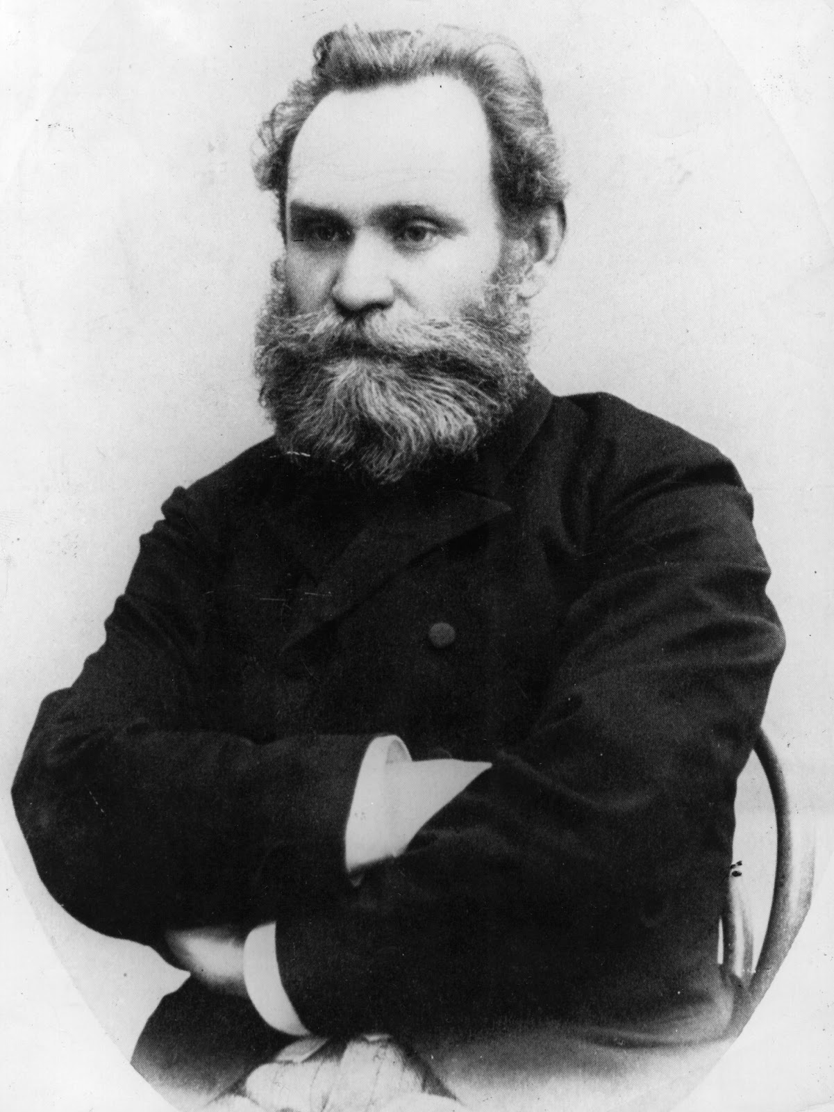 ivan pavlov His personal life ivan petrovich pavlov was born september 14, 1849 in the tiny village of ryazan in central russia he was born into a very religious family.